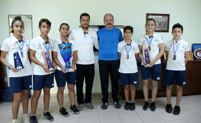 Yelkenciler ikincilik kupasını İskenderun'a getirdi