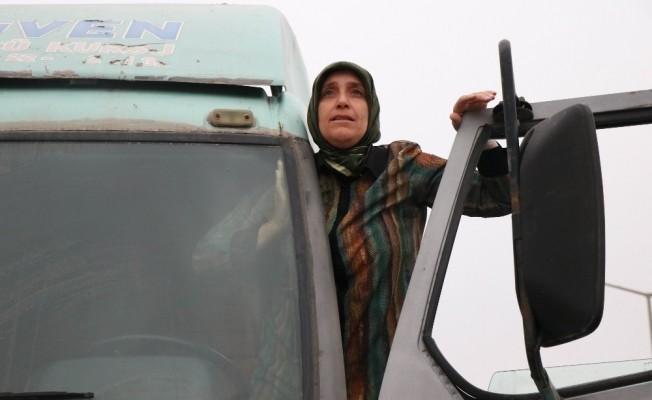 50 yaşındaki kadın E sınıfı ehliyet aldı