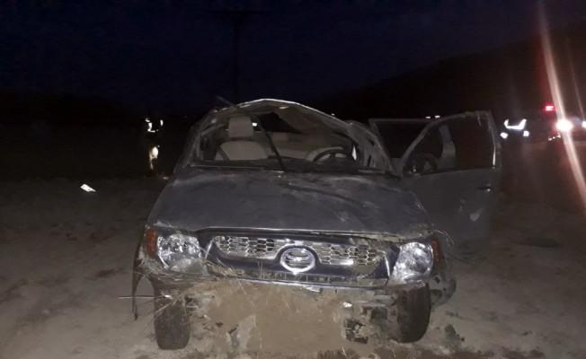 Şoförünün kalp krizi geçirdiği otomobil takla attı: 1 ölü, 4 yaralı