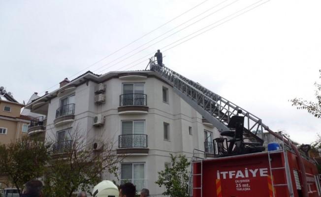 Dalaman'da çatı yangını