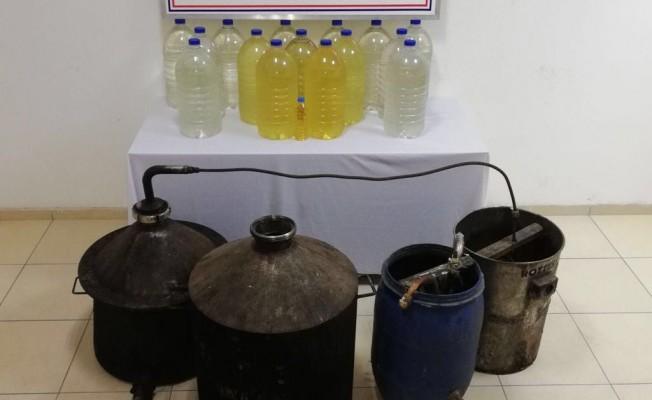 Jandarmadan sahte içki üretilen eve baskın
