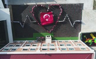 Bursa'da öğrencilerden Öğretmenler Gününde görsel şölen