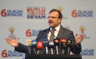 """Çavuşoğlu: """"Ümmet yüzünü dönmüş Türkiye'ye bakıyor"""""""