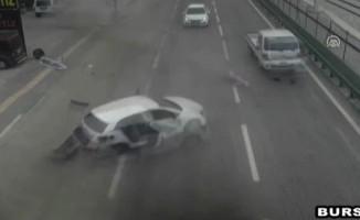 Bursa'daki feci kaza MOBESE kameralarına yansıdı