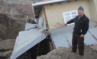 Heyelandan zarar gören evler boşaltıldı