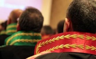 FETÖ'cülerin tutuklanmalarını reddeden mahkeme başkanı yerine HSK yeni hakim atadı