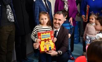 Bursa'da miniklerin karne sevinci