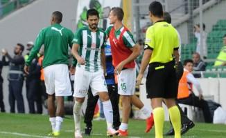 Bursaspor İsmail Konuk ile yollarını ayırdı