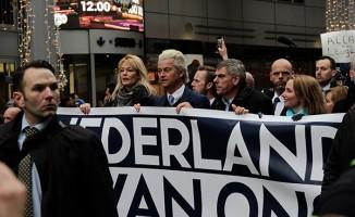 Hollanda'da ırkçı lider'den İslam karşıtı gösteri