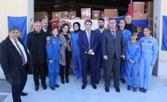 Türk Hava Kurumu binlerce öğrenciye kıyafet yardımı yaptı
