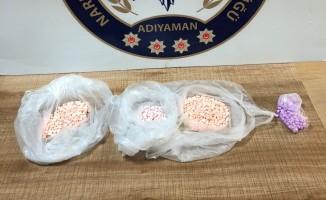700 adet uyuşturucu hap ele geçirildi