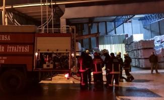 Bursa'da tekstil fabrikasında yangın! 500 bin liralık makine...