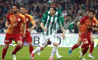 Bursaspor yarın Galatasaray'a konuk