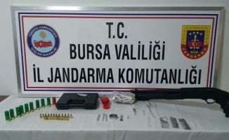 Bursa'da zehir tacirlerine suçüstü!