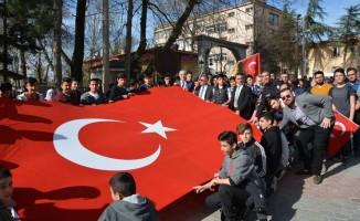 Nevruz kutlamasında Afrin'deki Mehmetçik'e destek yürüyüşü