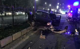 Otomobil ile hafif ticari araç çarpıştı! 4 yaralı