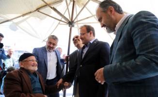 Başbakan Yardımcısı Hakan Çavuşoğlu'ndan açıklamalar