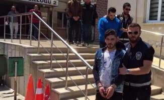 Bursa'da zehir tacirleri yakayı ele verdi