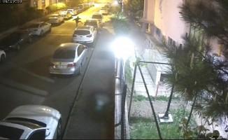 Park halindeki lüks araçlara saldırı