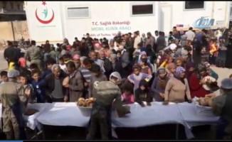 TSK'dan Afrin halkına 15 bin ekmek