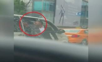 Uber aracına saldırı!