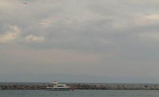 Ayvalık'ta balıkçı teknesi battı, 4 kişi kayıp