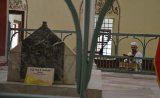 Bursa'da 5 asırlık vasiyet yerini getiriliyor