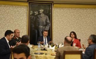 Vali Elban şehit aileleri ve gazilerle iftar yaptı