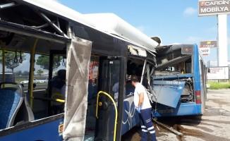 Ankara'da halk otobüsleri çarpıştı! 1 ölü, 16 yaralı