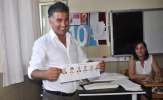 Antalya'da Vladimir Putin'e oy çıktı!