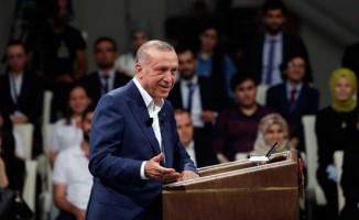 Cumhurbaşkanı Erdoğan gençlerin sorularını yanıtladı! 'Önemli olan ilk adım...'