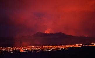 Hawaii'de yanardağı izlemek isteyenlere gözaltı