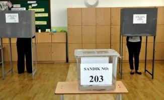 KKTC'de halk yerel seçimler için sandık başında