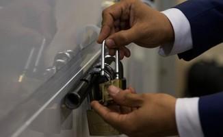 Yurt dışından gelen oylara 'beş kilitli' koruma