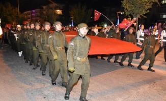 Kırıkkaleliler demokrasi için yürüdü, meydanları doldurdu