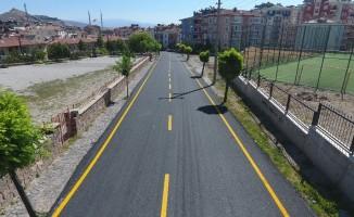 M.Akif Ersoy Mahallesinde sıcak asfalt çalışmaları tamamlandı