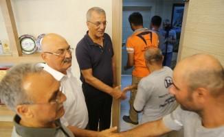 Başkan Tarhan personeli ile bayramlaştı