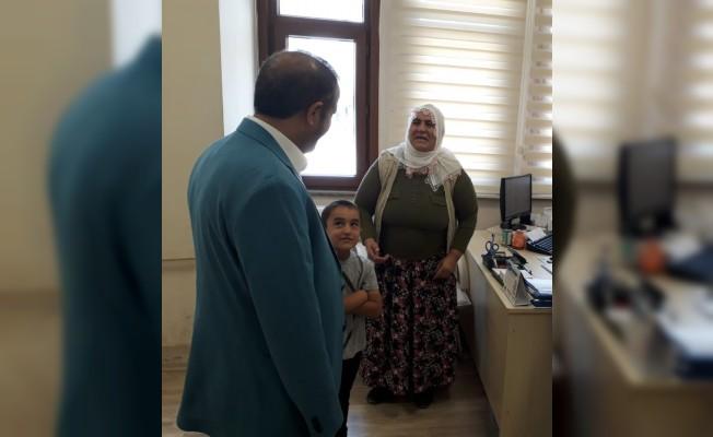 Başkan Toltar vatandaşın derdini dinliyor