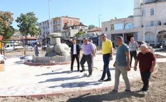 Belediye Başkan Vekili Sezgin, yeni yapılan parkta incelemelerde bulundu