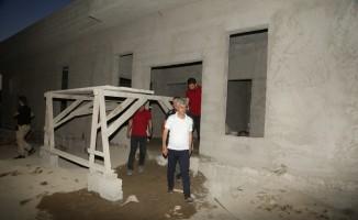 Cizre belediyesinden taziye evi çalışmaları sürüyor