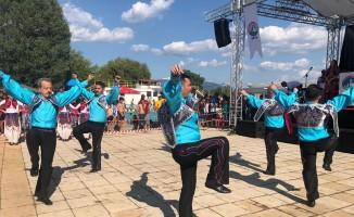 Ergene Halk Oyunları Topluluğu, ülkeyi Makedonya'da temsil etti