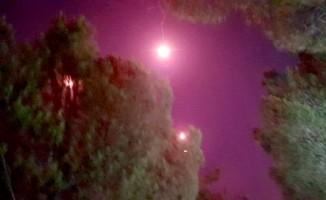 Havai fişek ormanı yaktı