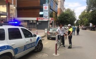 Iğdır'da bisiklet sürücüleri denetlendi