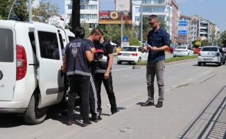 İnşaat malzemeleri çaldıkları iddia edilen şüpheliler yakalandı