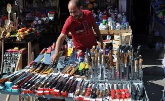 Kars'ta bıçaklar görücüye çıktı