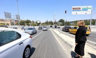 Mezarlık kavşağı köprüsü bayram öncesinde trafiğe açıldı