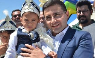 Nurhak'ta 110 çocuk için toplu sünnet şöleni düzenlendi