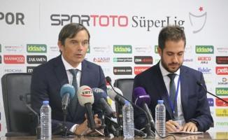"""Philip Cocu: """"Giuliano başka bir takımla anlaştı"""""""