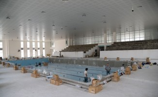 Pursaklar'da  yarı olimpik kapalı yüzme havuzu inşaatında sona gelindi