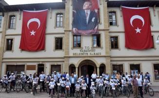 Taşköprü'de bisikletle şehir turu yapıldı